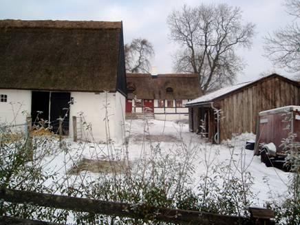 Gårdmiljø i Veddelev © Veddelev Landbylaug