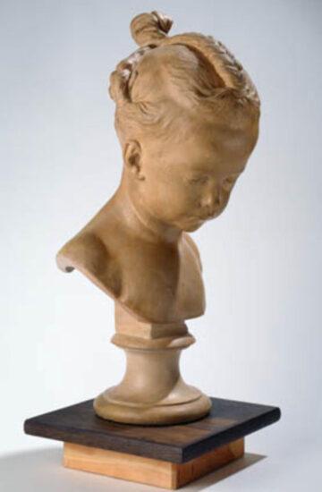 """Buste af en lille pige """"La Boudeuse"""", brændt ler. Statens Museum for Kunst (inv.nr. DEP65). For nærværende (2020) udstillet i sal 207. Foto © SMK (PD)"""