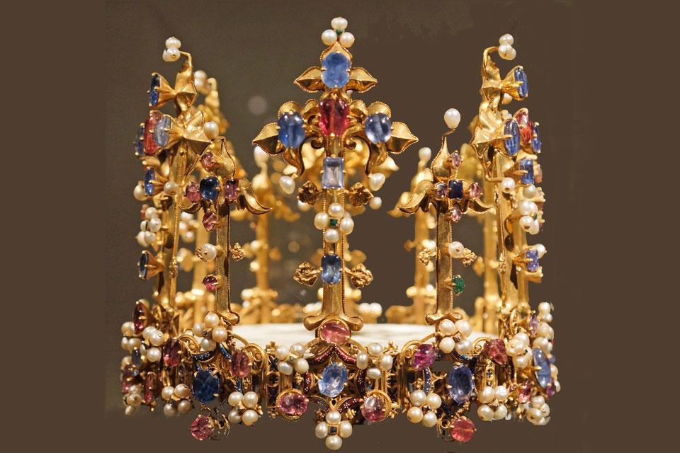 Blanche krone München fra Wikipedia